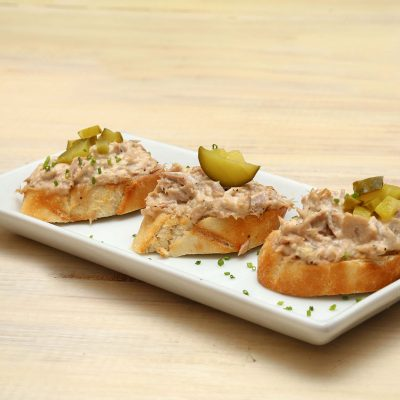 Bread snack tuna