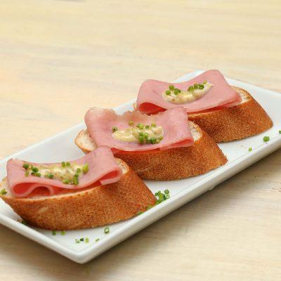 Ham bread snack